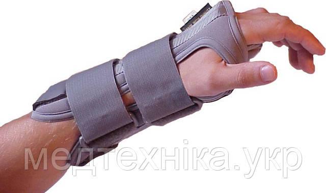 Фиксатор лучезапястного сустава FLEX 5872 Украина (с ребрами жесткости 1 и 2 размер 17-27см, на левую руку)