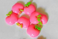 Серединка пластиковая яблоко 1,7 см розовая