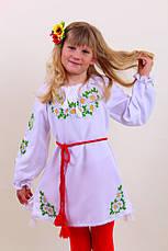 Вышитое платье для девочки на белом лене, фото 2
