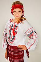 Вышитая сорочка для девочки с национальным орнаментом
