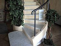 Лестницы и ступени из натурального камня