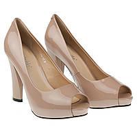 Элегантные женские туфли Mainila ( лаковые, бежевые, з откритым носком, на удобном каблуке)