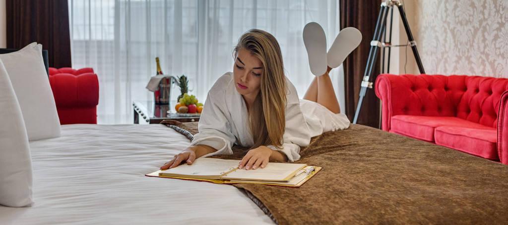 MARISTELLA MARINE RESIDENCE - отель на самом берегу черного моря в Одессе.