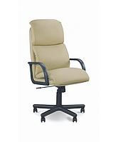Кресло руководителя Надир пластик