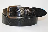 Ремень кожаный 40 мм черный текстура ремня - змеиная кожа пряжка хромированая черненая