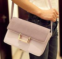 Стильная женская сумка на плечо Yves Saint Laurent Lulu bag среднего размера сиреневого цвета