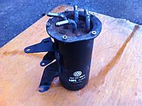 Корпус топливного фильтра 1.6TDI VOLKSWAGEN CADDY 04- (ФОЛЬКСВАГЕН КАДДИ)