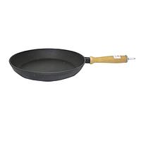 Сковорода чугунная литая с деревянной ручкой 28см,h-4см
