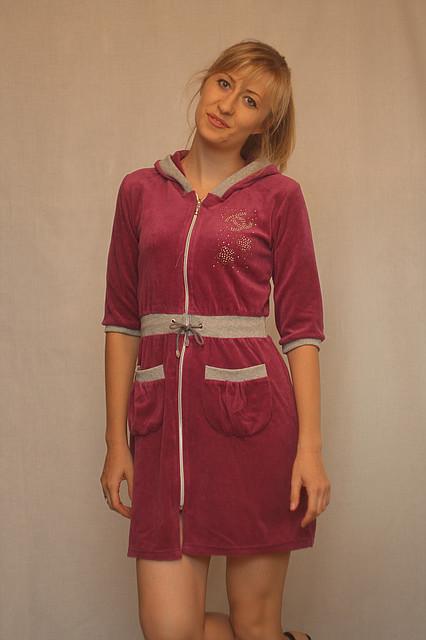 Велюровый халат с трехчетвертным рукавом