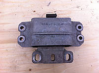 Подушка мотора задняя 1.9TDI VOLKSWAGEN CADDY 04- (ФОЛЬКСВАГЕН КАДДИ)