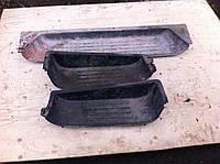 Накладка порога внутренняя боковая правая VOLKSWAGEN TRANSPORTER T5 03-09 (ФОЛЬКСВАГЕН ТРАНСПОРТЕР Т5)