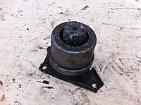 Подушка мотора правая 1.9TDI vw 2.0i vw VOLKSWAGEN TRANSPORTER T5 03-09 (ФОЛЬКСВАГЕН ТРАНСПОРТЕР Т5)
