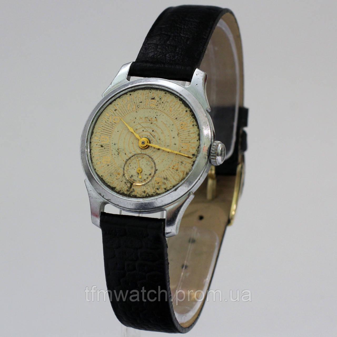 Советские часы Нева