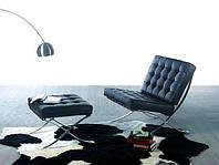 Кресло Барселона произведение искусства архитектора-модерниста Людвига Мис ван дер Роэ