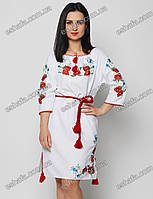 Вышитое платье с маками и васильками