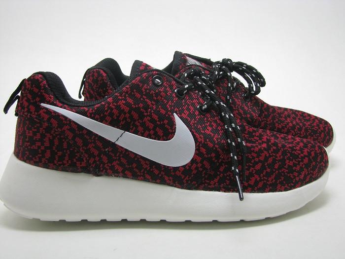 Кроссовки мужские Nike Roshe 2 Yeeze малиновые