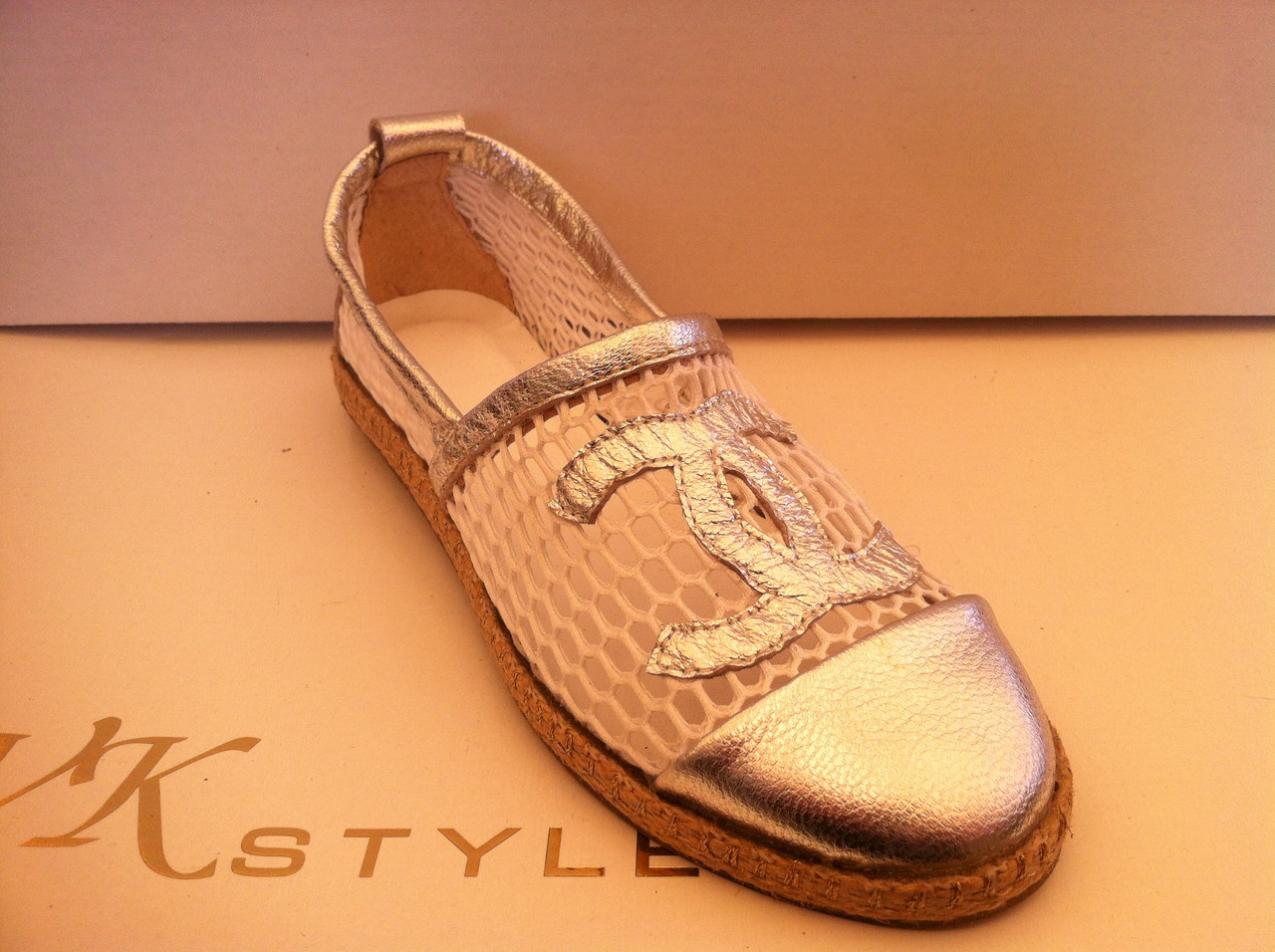 e5e50fc3d5a8 Женские эспадрильи Chanel серебро и золото.  продажа, цена в ...