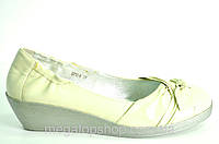 Туфли женские без каблука из натуральной кожи