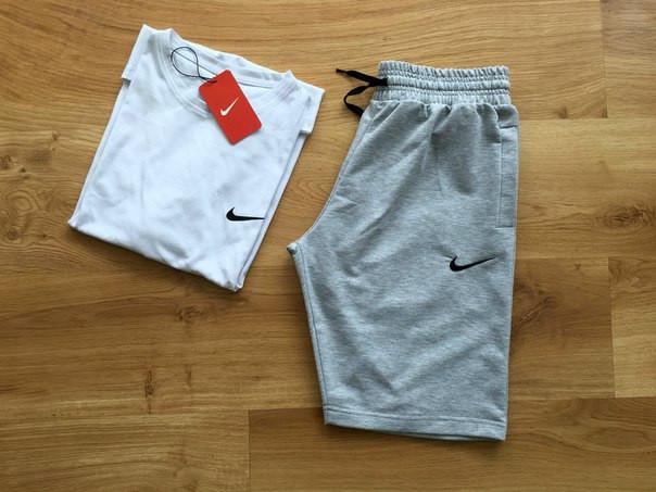 Чоловічий річний комплект Nike (шорти + футболка) Трикотажний костюм