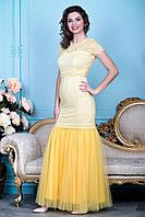 Желтое кружевное платье с юбкой из шифона и поясом расшитым  жемчугом