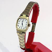 Чайка женские часы СССР на металлическом браслете