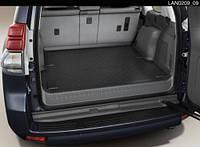 Оригинальный коврик в багажник Toyota LC Prado 150