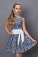 Стрейчевое платье с цветочным принтом