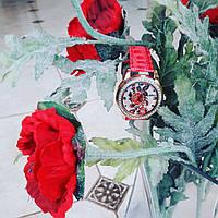 Часы кварцевые Вышиванка красный ремешок