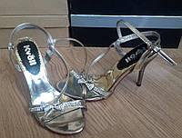 Женские модельные босоножки на каблуке с камнями Цвета золотой и красный. Состав эко кожа. ЮГ1256