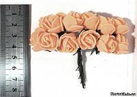 Роза из фуамирана на проволоке абрикоса