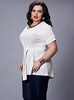 Белоснежная блуза с коротким рукавом