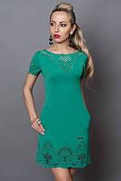 Приталенное платье с перфорацией