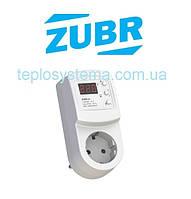 Бытовое реле напряжения в розетку ZUBR R116y «вольт контроль» (DS Electronics, Украина)