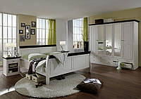 Спальня из массива дерева 008