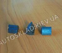Пистон уплотнителя порога ВАЗ 2110, 2115