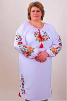 Цветочное красивое вышитое платье большого размера