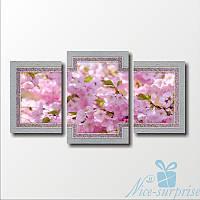 Модульная картина Розовый цвет яблони из 3 фрагментов