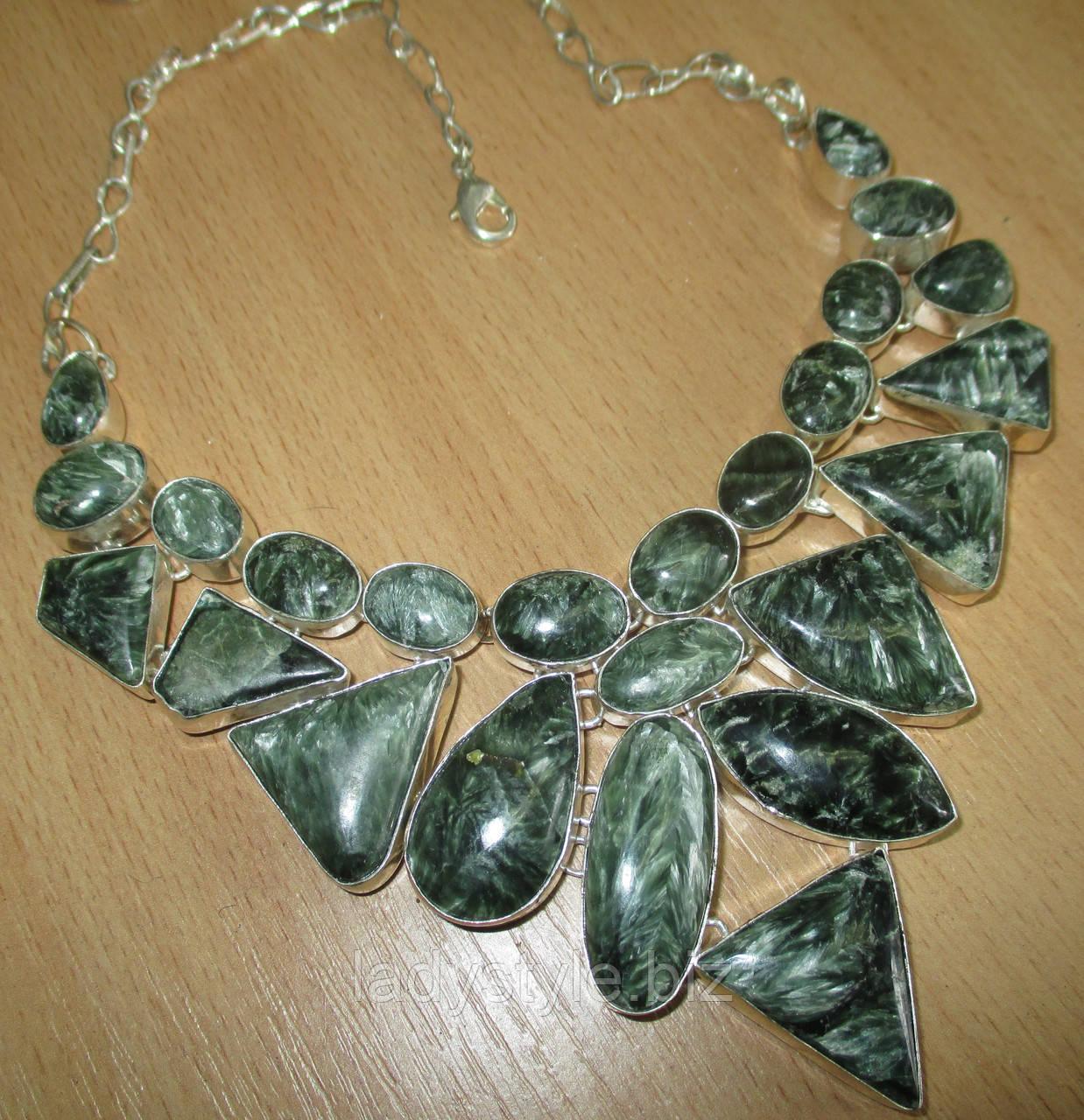 Ожерелье колье из серебра с натуральными камнями
