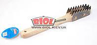 Рыбочистка (скребок для рыбной чешуи) с деревянной ручкой
