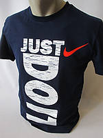 Темно-синие спортивные футболки с надписями для мужчин