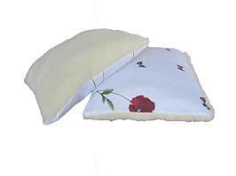 Меховая подушка, силиконовый наполнитель, бязь Бабочки-мак (70х70 см.)