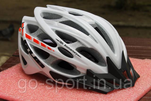Велосипедный шлем GUB white