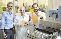 Ученые создали съедобный пластик