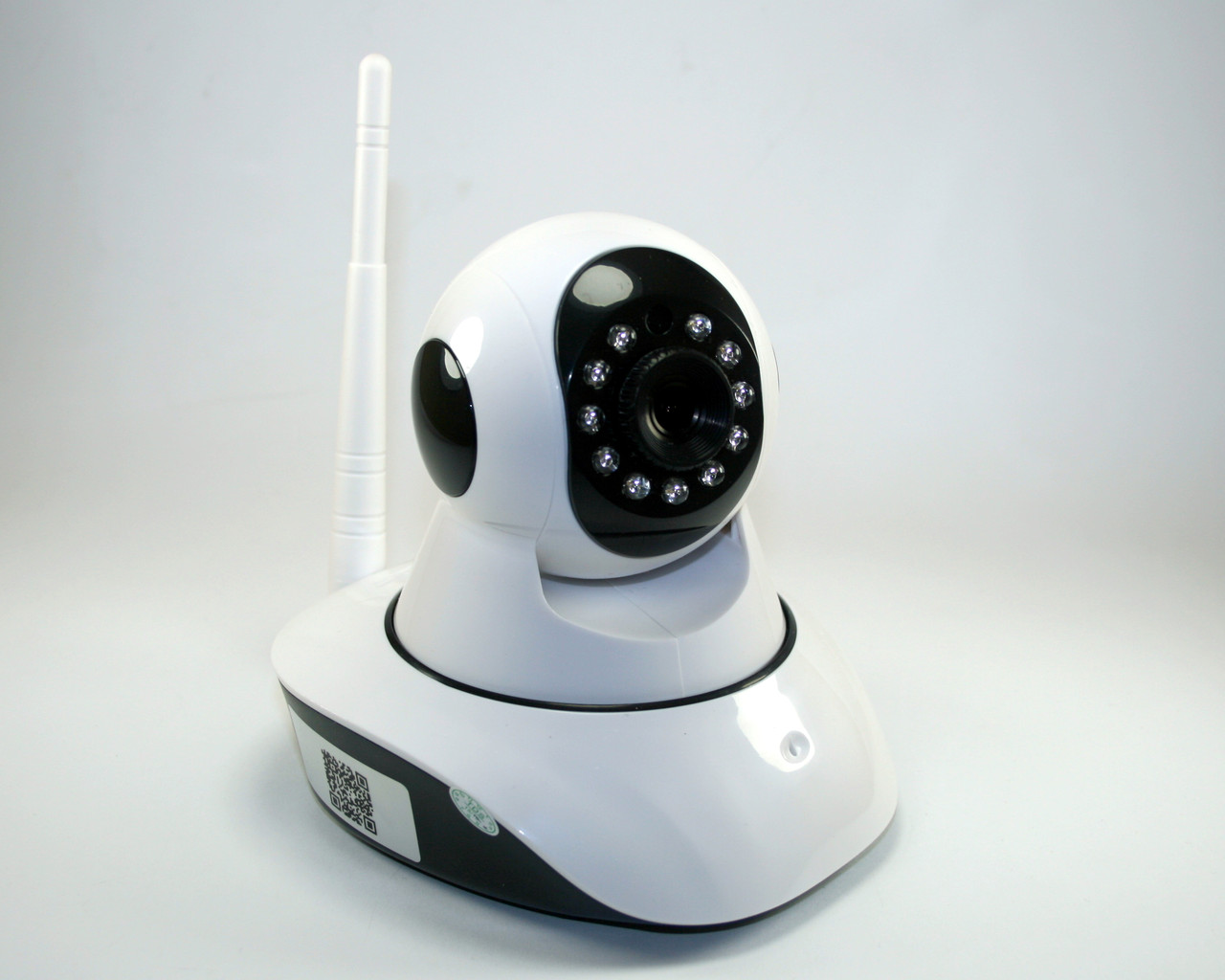 Безпроводная (WI-FI) проводная IP камера с возможностью удаленного управления, ночное видение, фото 1