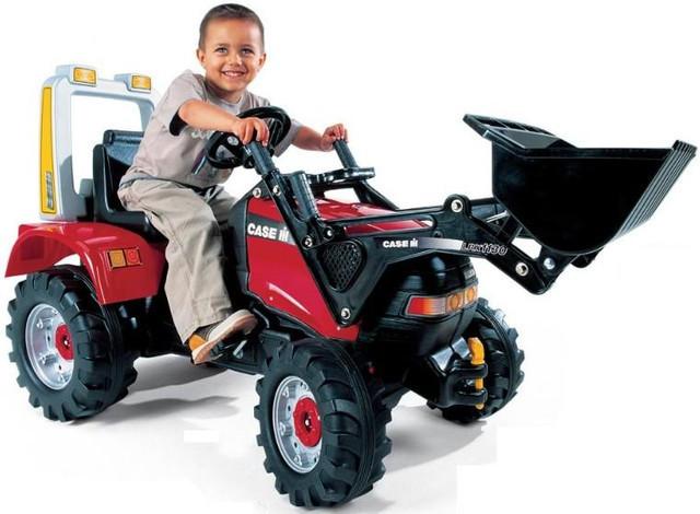 Трактора детские на педалях