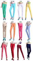 Модные облегающие брюки салатового цвета, S