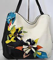Эффектная сумка с пёстрыми  цветами от Velina Fabbiano