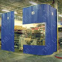 Тентовые шторы для моек, мастерских.