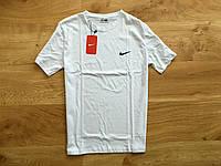 Футболка Nike белая