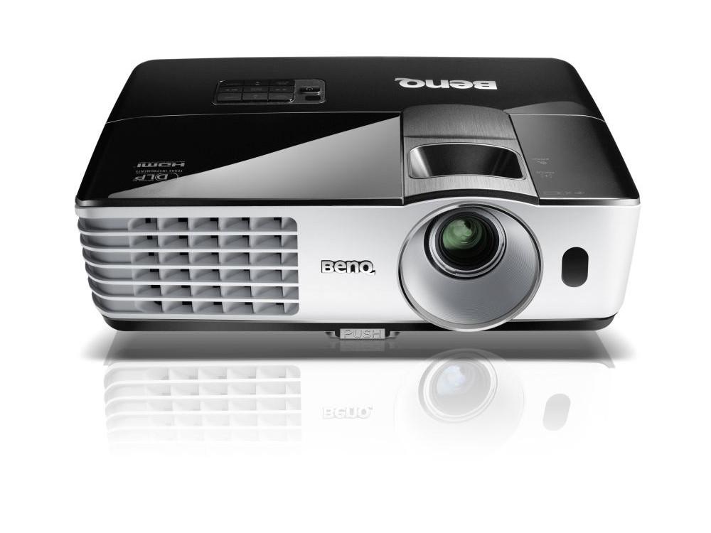 Мультимедийный проектор BenQ TH681